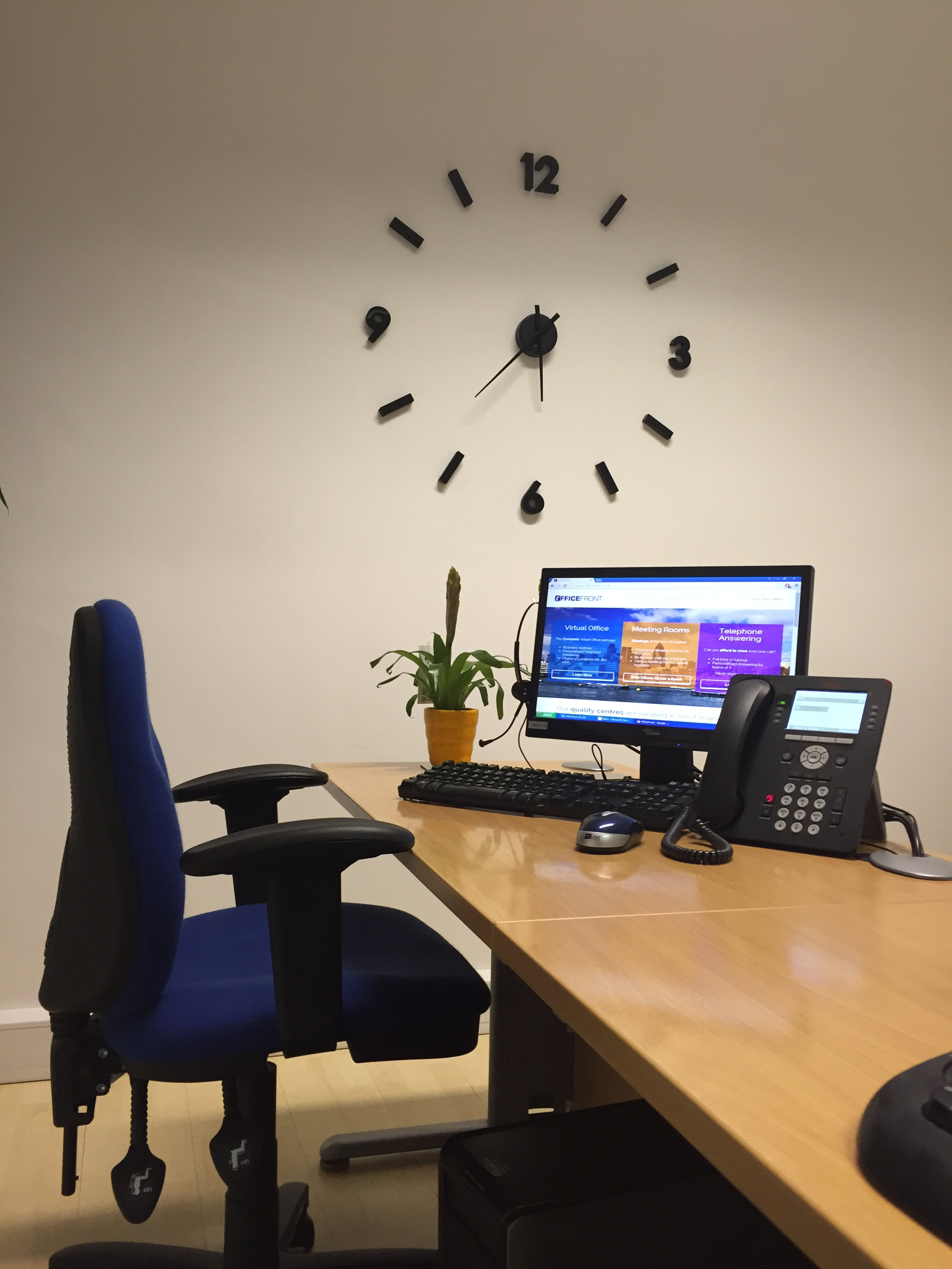london-mill-hill-nw7-reception-office-furniture