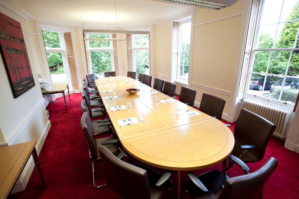 derby-de74-the-old-vicarage-boardroom