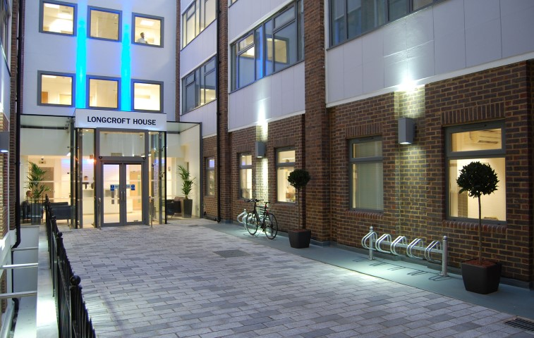 london-longcroft-ec2m-office-building-smart