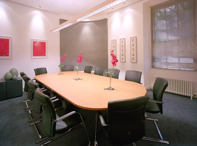 bristol-bs1-boardroom